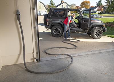 Vroom Retract Vac Schlaucheinzugsystem für die Garage